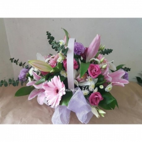 Feminine coloured basket