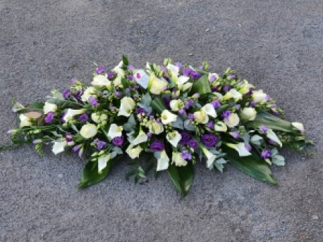 casket spray with callas