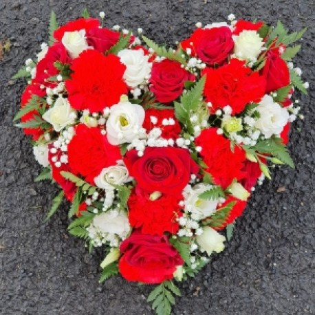 red mixed flower heart