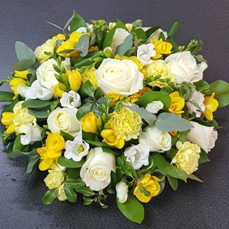 Yellow and white deluxe posy