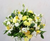 Lovely lemon posy