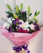 Aqua with lilies